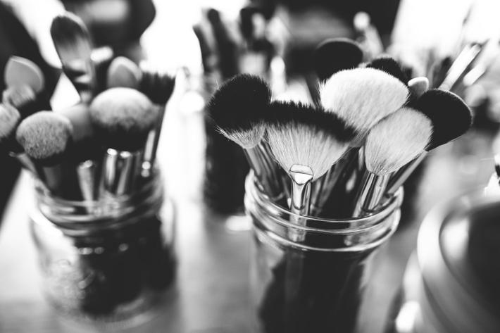 dorm vanity